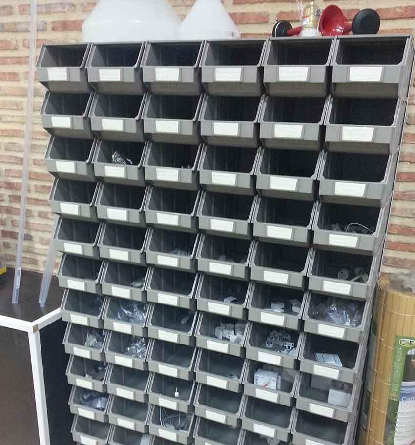 Separadores Para Estanterias Metalicas.Estanterias Para Ferreteria Bricolaje Tecnova Rack